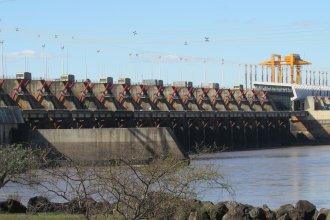 Salto Grande desmiente una noticia sobre presunta contaminación desde la represa al río Uruguay