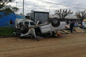 Una mujer se descompensó y causó un impactante accidente en ciudad entrerriana: triple choque y vuelco