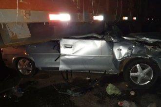 """Es """"reservado"""" el estado del joven accidentado al chocar contra un camión que tomó un retorno clandestino"""