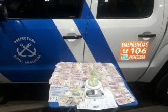 """Delivery de droga fue detenido con casi 100 gramos de cocaína en el cartelito de """"remís"""""""