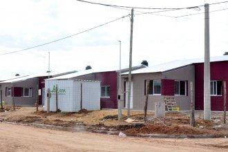 """""""Primero tu casa"""": Walser anunció que el IAPV construirá 19 viviendas sociales en Colón"""