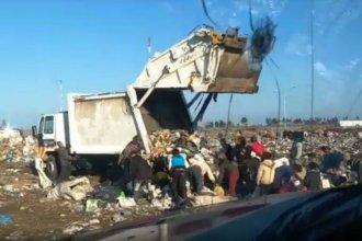 Tras la muerte de una niña, video muestra qué pasa cuando el recolector de basura llega a El Abasto