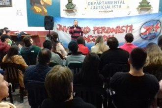 Benedetto expuso sobre el desarrollo a través de la obra pública en un encuentro de formación política