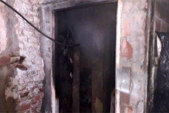 Las llamas que incendiaron una casa, ahora deben encender la solidaridad de la gente
