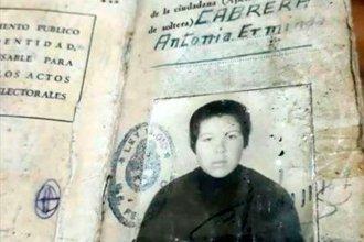 Fue cartonera en Buenos Aires, una familia la ayudó a jubilarse y buscan sus familiares en Entre Ríos