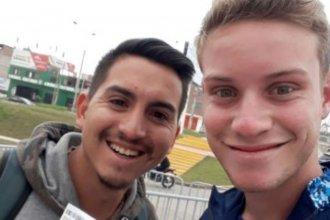 Amistad de oro: entrerriano viajó 2400 kilómetros a dedo para ver a su amigo en la final de softbol