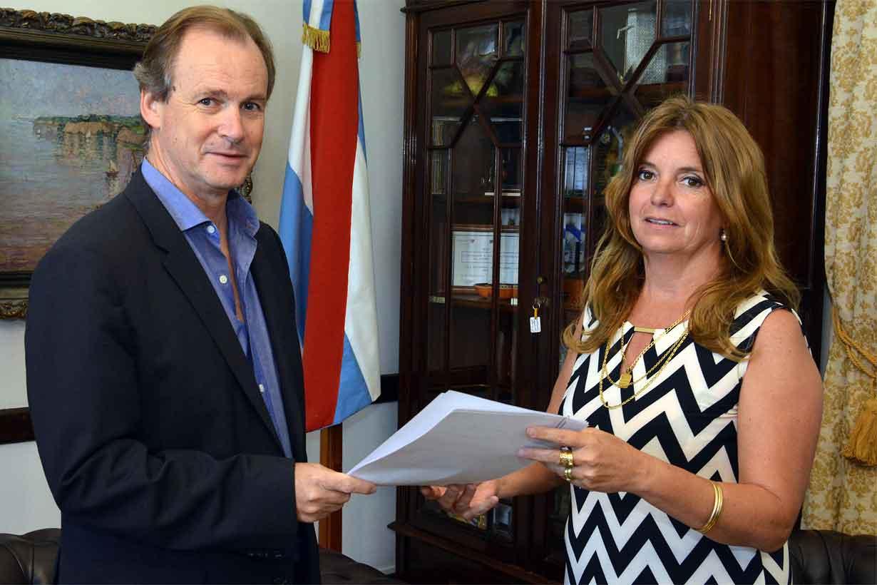 Claudia Gieco, en reunión con Bordet