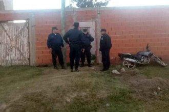 El joven que mató a una docente de música e hirió a su hija de 4 años habría ingresado a la casa de las víctimas para reparar un lavarropas