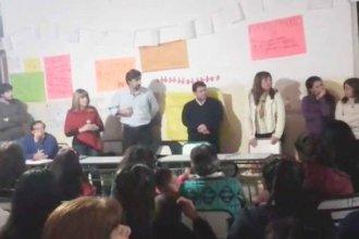 Video: El mal momento que vivió el Senador Giano en la asamblea de padres de una escuela de Concordia