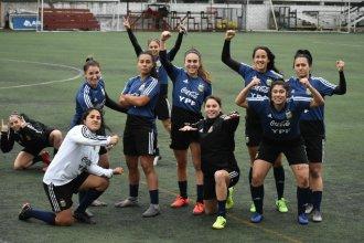 Con la entrerriana Oviedo, las argentinas jugarán una histórica final para el fútbol femenino