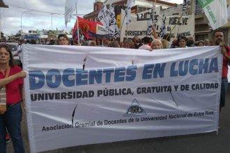 """Las medidas de Macri """"representan más ajuste para las universidades"""", sostienen desde AGDU"""