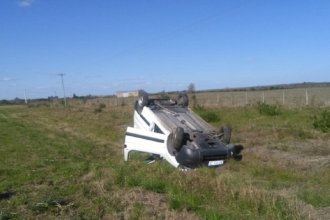Accidente en Ruta 10: una mujer volcó en su automóvil y fue hospitalizada con traumatismo de cráneo