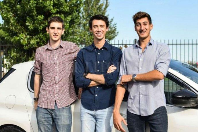 Junto a sus compañeros de facultad, joven entrerriano creó una empresa que recaba datos de autos usados