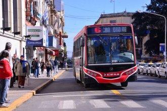Sin colectivos en Paraná: continúa la retención de servicios ante la falta de pago