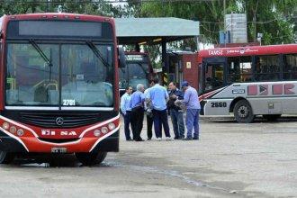 15 días sin colectivos: la odisea de los vecinos de Paraná para llegar a escuelas y trabajos