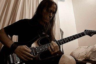 Entrerriano busca destacarse entre los mejores guitarristas del mundo y necesita tu voto para lograrlo