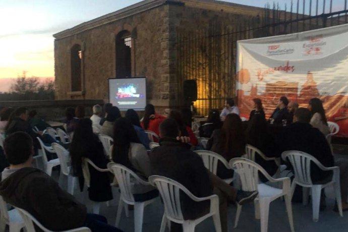 Junto al Castillo San Carlos, comenzó la expansión del TEDx de Concordia