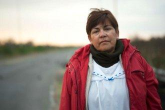 Ella es la maestra Graciela, que viaja 5 horas por días para dar clases