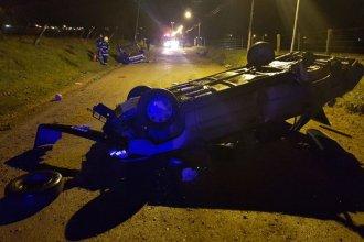 10 heridos, el saldo del vuelco de dos autos en el acceso a El Brillante