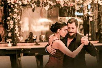 Con su pasión tanguera, entrerriana hace bailar a los polacos