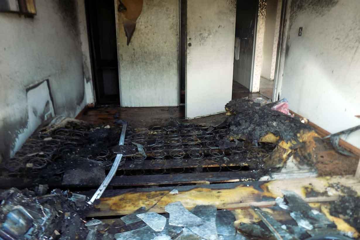 El fuego comenzó en el colchón