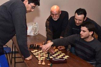 Tarde de ajedrez para los comercios locales