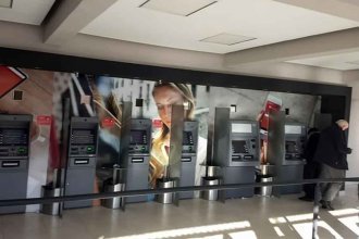 ¿Asalto a una mujer en un cajero automático? La policía no confirmó ni desmintió