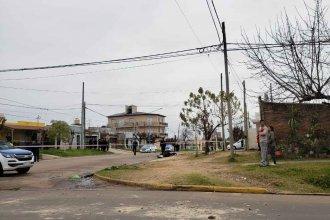 Mujer policía gatilló su arma y mató a un hombre en medio de un enfrentamiento entre vecinos