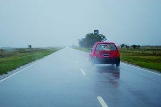 Por las fuertes tormentas, solicitan extrema precaución al transitar por las rutas