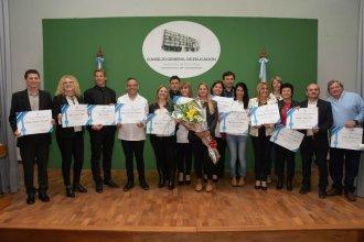 Quiénes son los 17 docentes que el CGE premió por su labor y trayectoria