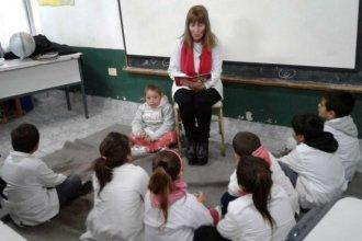 """""""Leer es aprender, leer es placer"""", el proyecto de alfabetización que mereció un reconocimiento a su mentora"""