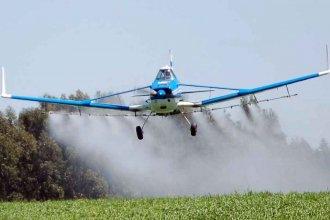 Entidad que nuclea a empresas de aviación agrícola pidió no demonizar a los pilotos y usar glifosato sólo en casos indispensables