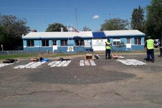 Trasladaban 2500 atados de cigarrillos en un colectivo de larga distancia y fueron descubiertos en Entre Ríos