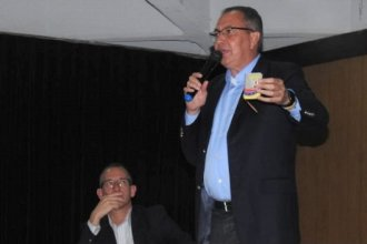 Legislador venezolano exiliado brindó una charla en Gualeguaychú y llamó a votar por Macri