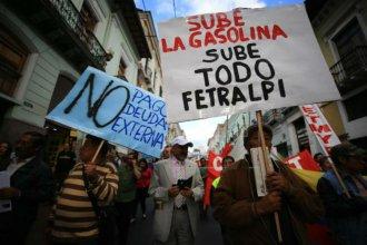 ¿Qué está pasando en Ecuador y por qué el presidente tomó la histórica decisión de mudar la capital?