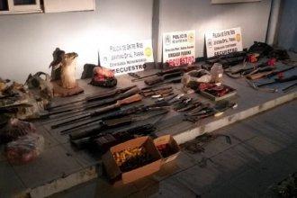 Caza furtiva: tras múltiples allanamientos en ciudades de la provincia, secuestraron decenas de armas