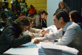 136 familias de dos ciudades entrerrianas recibieron las escrituras de sus viviendas