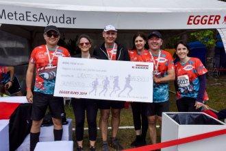 Se atrevieron al Cruce de Salto Grande y recaudaron más de $100 mil para ayudar a Cáritas