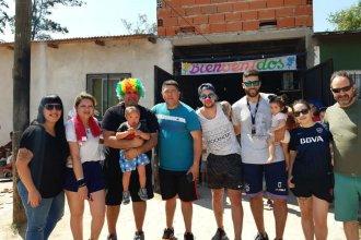 """""""Amigos Solidarios"""", el grupo que viajó desde Buenos Aires a Concordia para llevar donaciones a merenderos"""