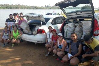 En un día agobiante, limpiaron la playa e invitaron al Estado a ayudarlos a cuidar el ambiente