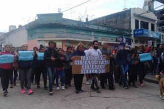 Marcharon hasta Tribunales para pedir la libertad del policía imputado por la muerte de Iván Pérez