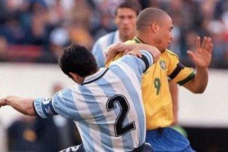 """Un entrerriano, el defensor que """"más le pegó"""" a Ronaldo"""