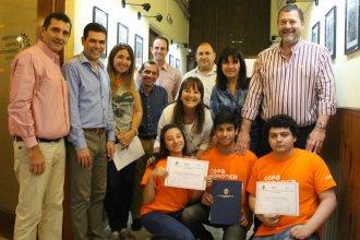 El Concejo Juvenil reconoció a jóvenes que participaron en la Copa Nacional de Robótica