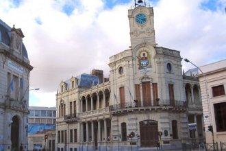 En medio del conflicto, en Paraná decretaron asueto por el día del empleado municipal