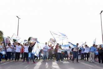 Campo y ciudad se manifestaron en el ingreso a Colón