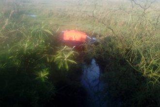 Un hombre perdió la vida al volcar en ruta provincial 2: la acompañante fue trasladada al hospital