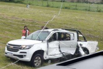 Tres personas perdieron la vida tras espectacular despiste en la Autovía Artigas