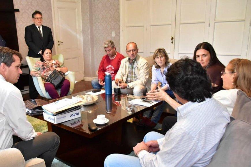 Resultado de imagen para se reunió el jurado del Concurso Abierto del Museo Palacio Arruabarrena