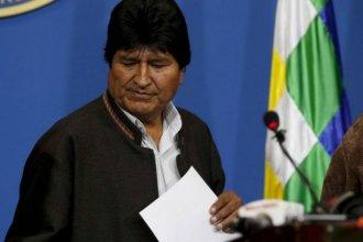 Evo Morales renunció a la presidencia y denunció un golpe de Estado