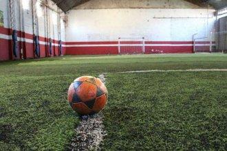 Investigan caso de un joven concordiense que falleció tras disputar un partido de fútbol 5